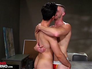 Brian Bonds Takes Fist Up The Ass Like A Pro
